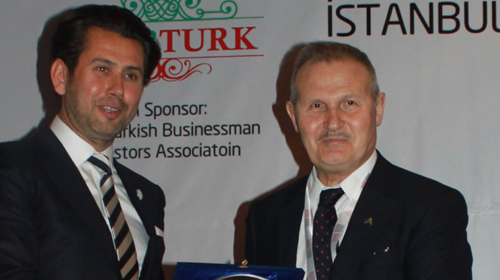 Süleyman Çetinsaya Told the Opportunities of Investment to Real Estate in Turkey at Arab - Turk Summit.